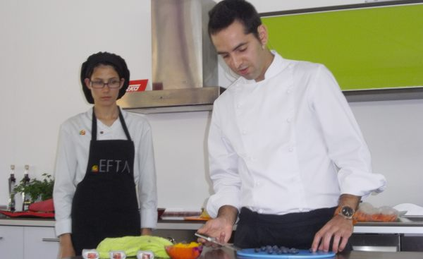 Chef Hernâni Travelho realiza workshop na Feira do Mirtilo